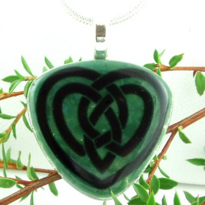 Green Celtic Heart