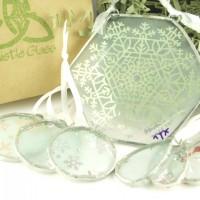 2014 Snowflake Ornaments, Group Photo