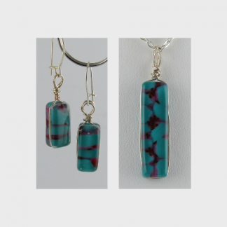 Reversible Set, fused glass necklace and earrings designed by Michelle Copeland at ThistleGlass.com